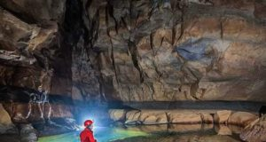 cave_adventure_in_meghalaya